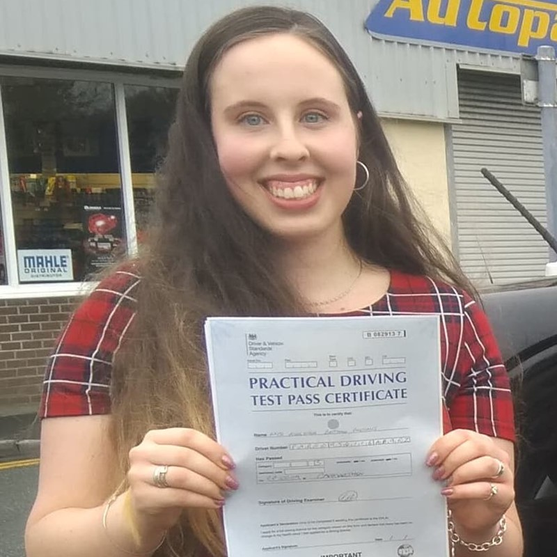 Ashleigh Parsons from Llanboidy Review of Fast Track Driving School