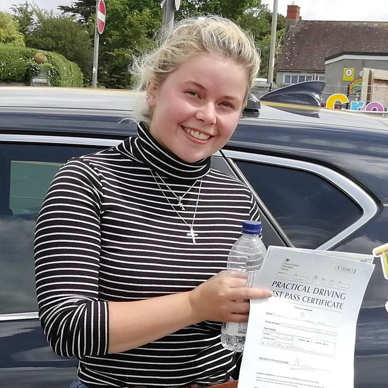 Heather Emerson-Marl from Clynderwen Review of Fast Track Driving School