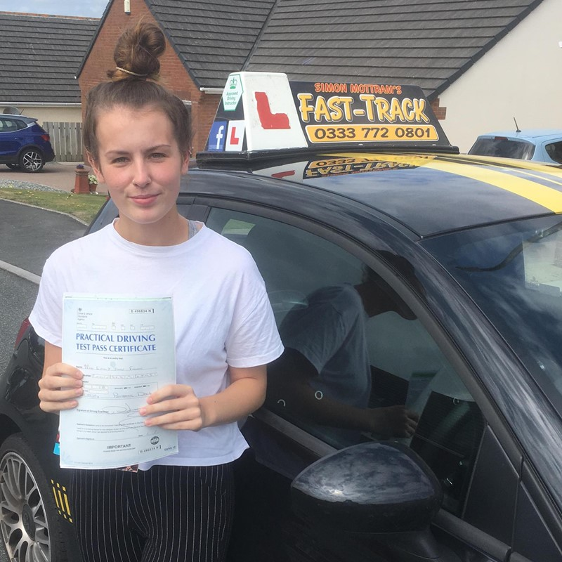 Emily Fagan from Neyland Review of Fast Track Driving School
