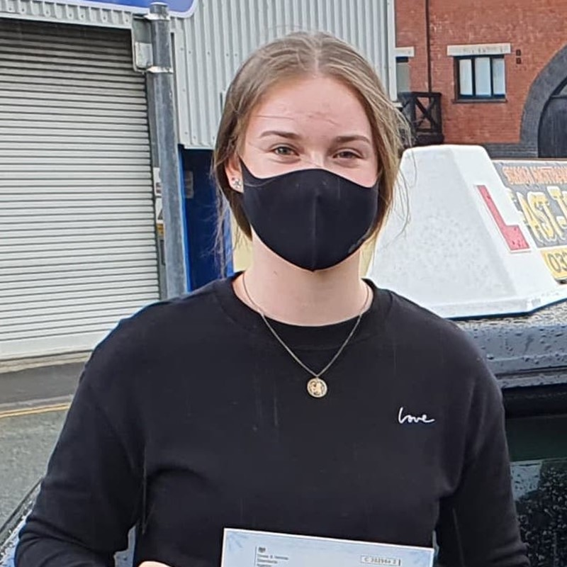 Ffion Howells Review of Fast Track Driving School